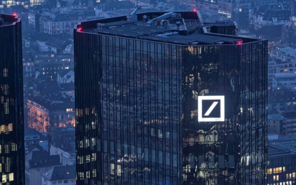 Deutsche impulsionado por teste de estresse Fed passar em impulso para operação de Wall Street